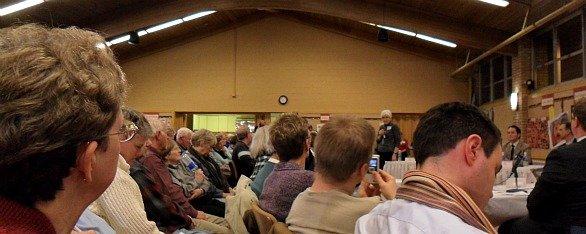 dce-debate012811.jpg