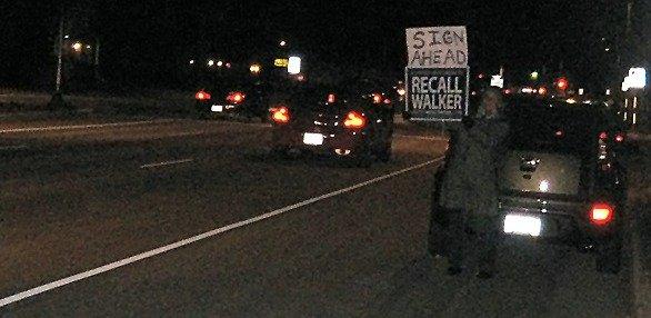 walkerrecalldrivethrough111611.jpg