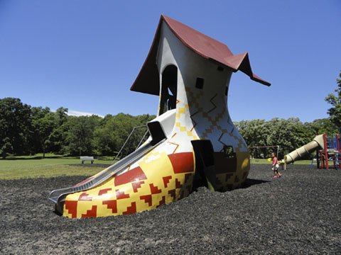 Vilas Park Shoe Slide Has New Coat Of >> Mama Madison A Madison Bucket List For The Pint Sized Isthmus