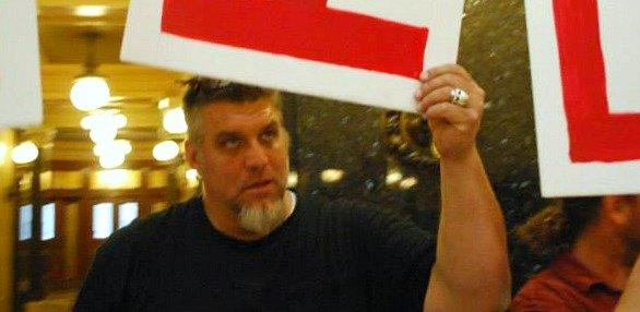 solidaritysingalong091613.jpg
