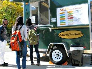foodcarts100813a.jpg