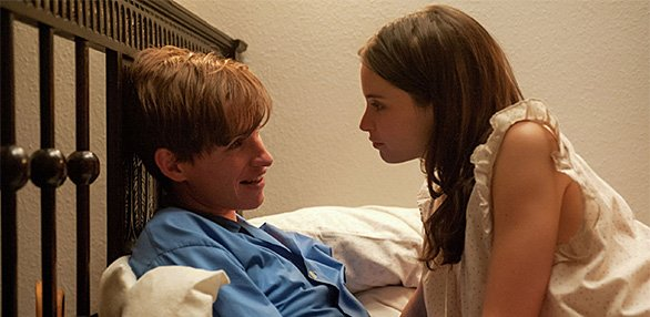 586x286MoviesTheoryOfEverything3947.jpg