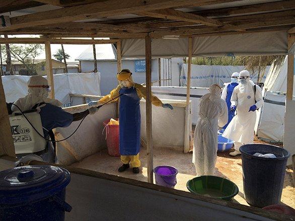 586News-Ebola2-02262015.jpg