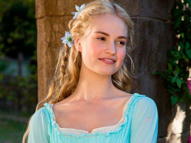 Movies-Cinderella-03122015.jpg