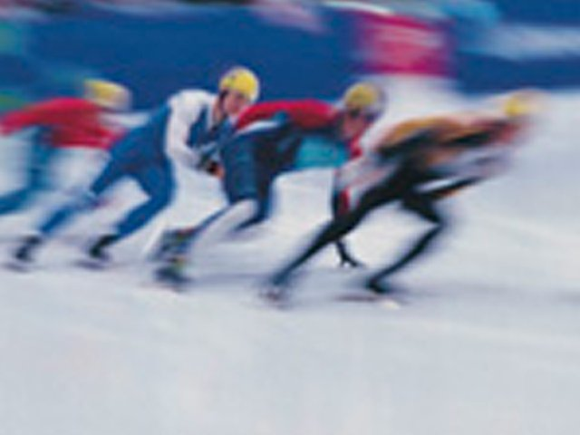 Sports-SpeedSkatersLeadArt-03122015.jpg