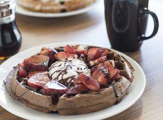 Food-TnTs-Cafe-Waffle-4-crPeteOlsen-03192015.jpg