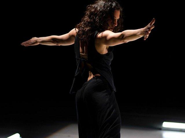 Dance-Li-Chiao-Ping-crNarayanMahon-03292015.jpg