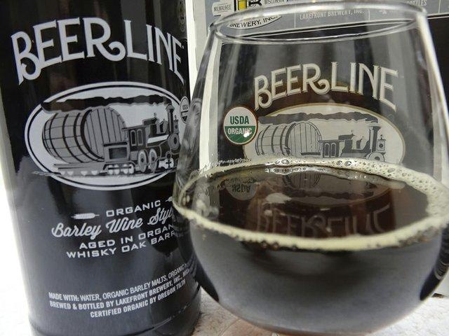 Beer-LakefrontOrganicBarrel-agedBarleyWine-crRobinShepard-04162015.jpg