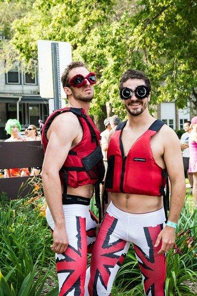 paddleportage-costumes072014e.jpg