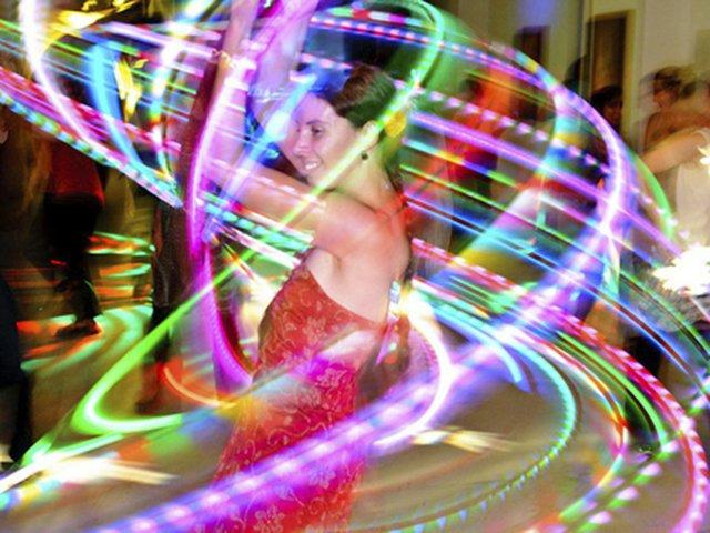 Dance-HoopDancing2-crChristopherHoppe-04232015.jpg