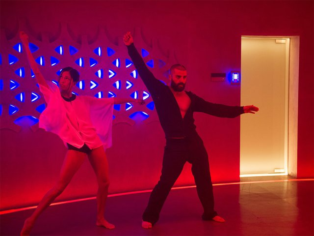 Screens-Ex-Machina-Dance-04232015.jpg
