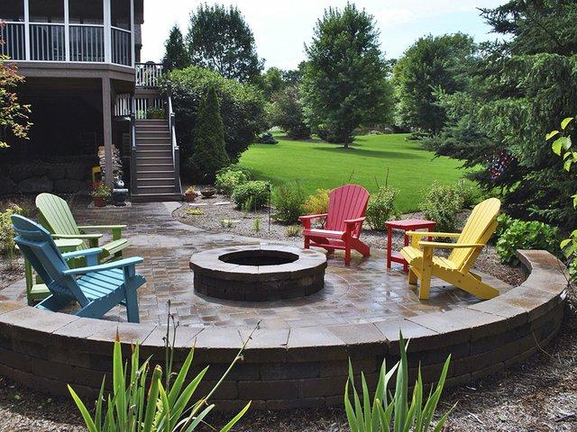 Abode-Outdoor-Fireplace-cr-Norland-Landscape-04302015.jpg