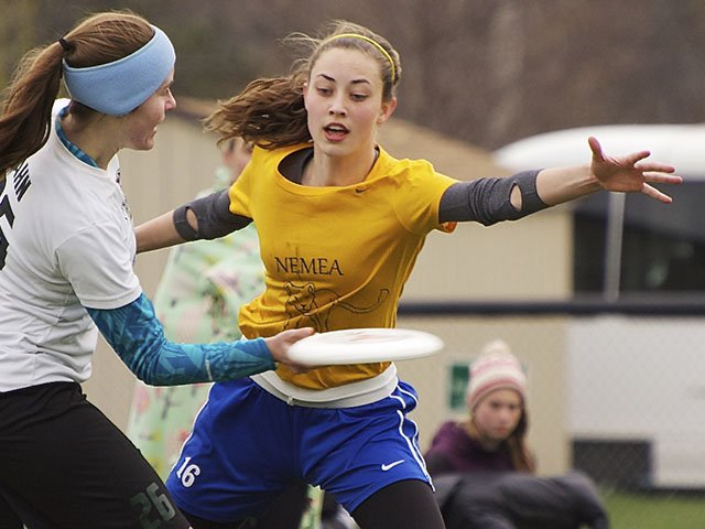 Sports-UltimateFrisbee-crWilliamDWalker-05072015.jpg
