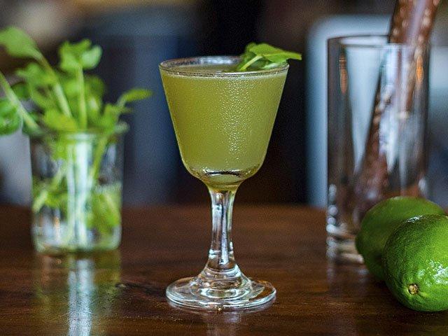 Cocktail-RomanSpringForequarter-crPauliusMusteikis-05142015.jpg