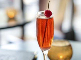 Cocktail-OpusChampagneBath2-crPauliusMusteikis-06042015.jpg