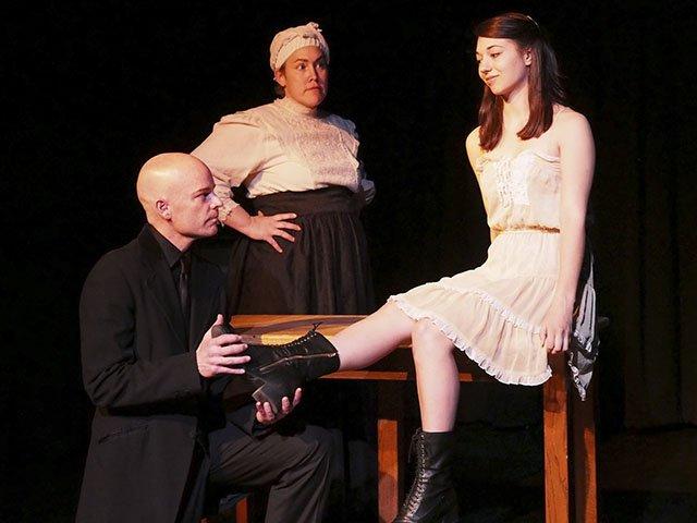 Stage-FermatsTheater-MissJulie-06112015.jpg