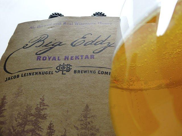 Beer-LeiniesBigEddyRoyalNektar-crRobinShepard-06102015.jpg
