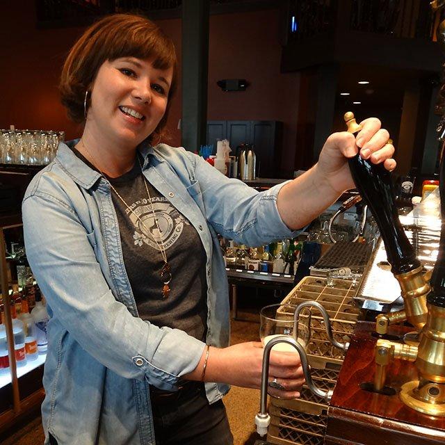Beer-GreatDaneHayleysComet-crRobinShepard-06182015.jpg