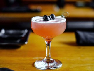 Cocktail-RedSushiGrill2-crPauliusMusteikis-06252015.jpg