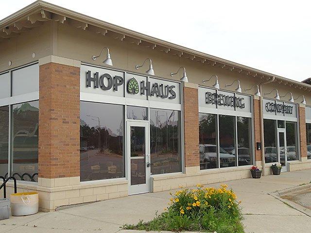 Beer-HopHausSoftOpen-crRobinShepard-07022015.jpg