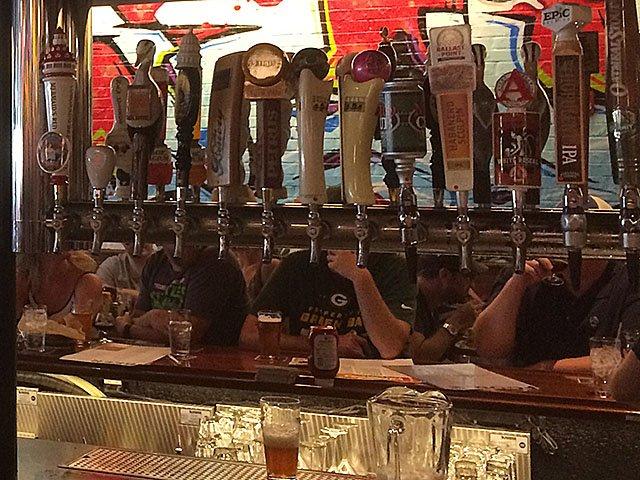 Beer-HopCat-Grand-Open-2-crKyleNabilcy-07122015.jpg