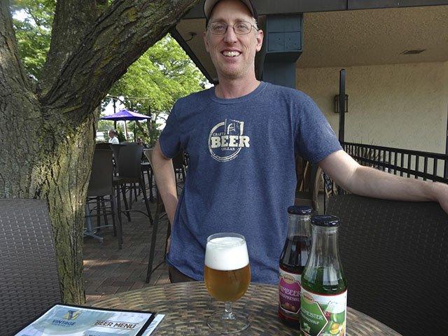 Beer-VintageBerlinerGeist-ManningScott-crRobinShepard-07162015.jpg