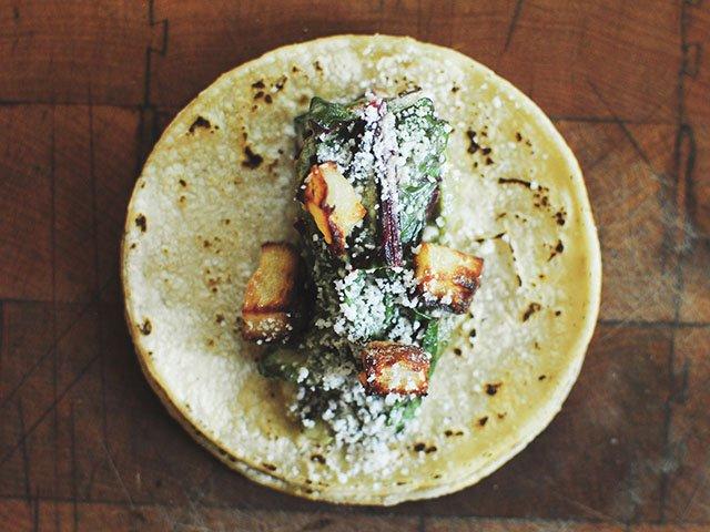 FoodNews-ElGritoTaqueria2-07302015.jpg