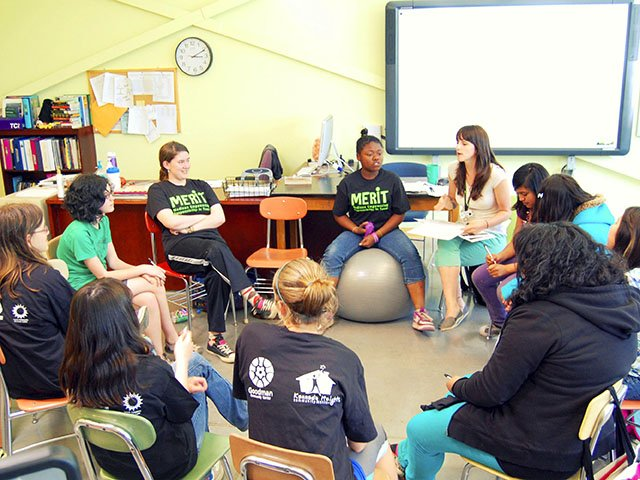 News-MERITWrightMiddleSchool-crAnnieSweers-08062015.jpg