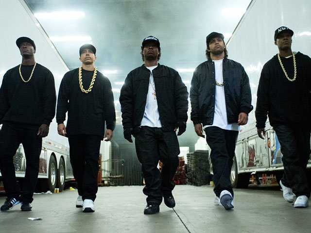 Screens-Straight-Outta-Compton-08202015.jpg