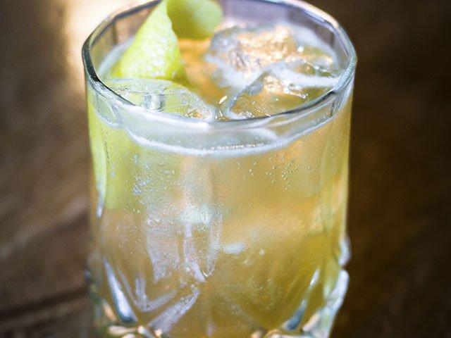 Cocktail-Mezze-crRyanWisniewski-09102015.jpg