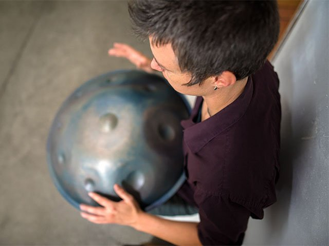 Emphasis-Handpans1-crSteveCox-09102015.jpg