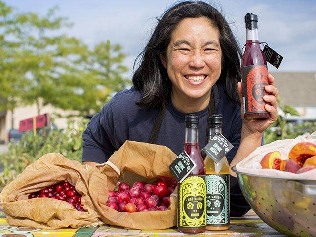Vinegars-ChenJanet-crSharonVanorny-Drinks2015.jpg