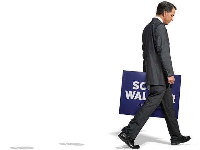 News-WalkerWalks-09242015.jpg