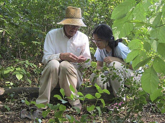 rec-Lakeshore-Nature-Preserve-mentoring-crBrynScriver-10012015.jpg
