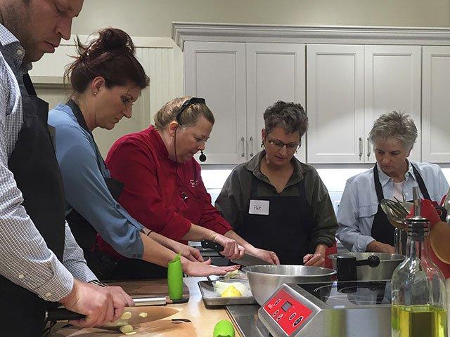 Food-CookingClass-crCarolynFath-10152015.jpg