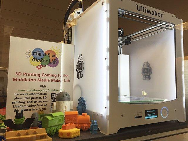 Tech-3DPrinter-crCarolynFath-10222015.jpg