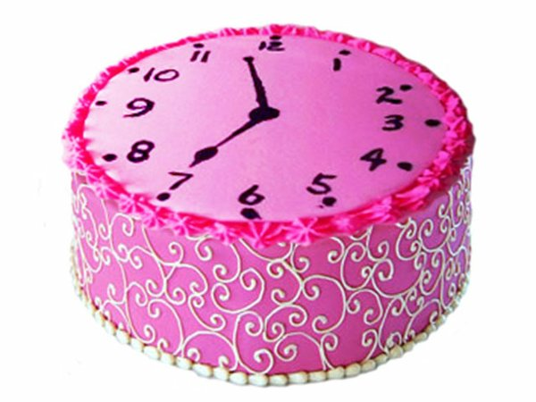 WhatToDo-ClockCake-10222015.jpg
