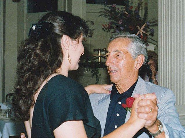 Essay-FerrisYvette-Dad-Alzheimers-10292015.jpg