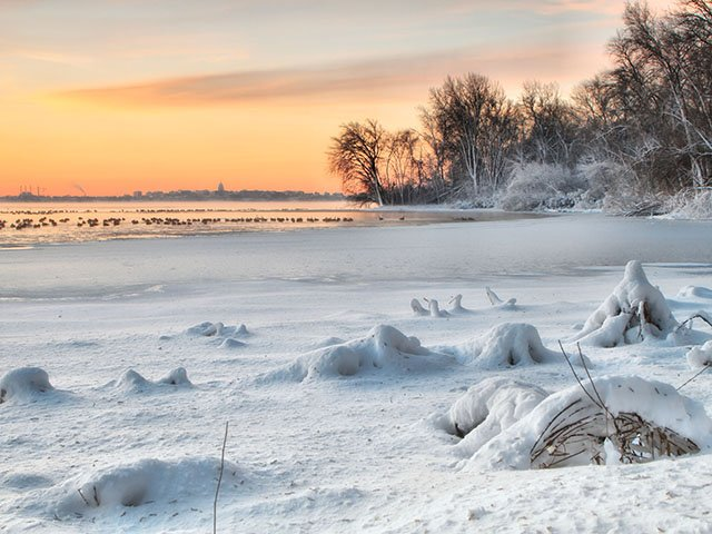 Feature-Winter-Lake-Preparation-crMcLaughlinJohn-11052015.jpg