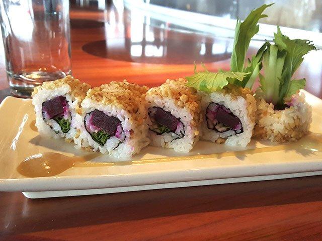 food-Muramoto-Harvest-Roll-crMattMorris-11122015.jpg