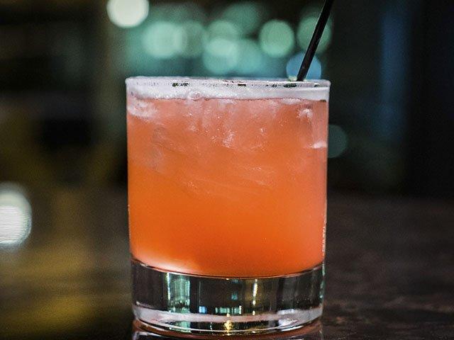 Cocktail-Cento-NegroniDiOaxaca-crPauliusMusteikis-11192015.jpg