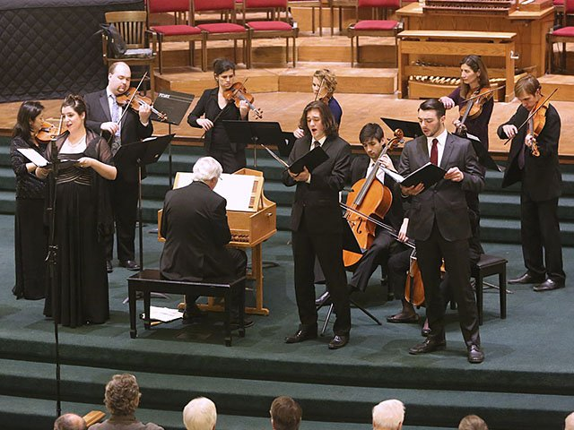 Music-MadBachMusicians-BaroqueHoliday-crKentSweitzer-12172015.jpg
