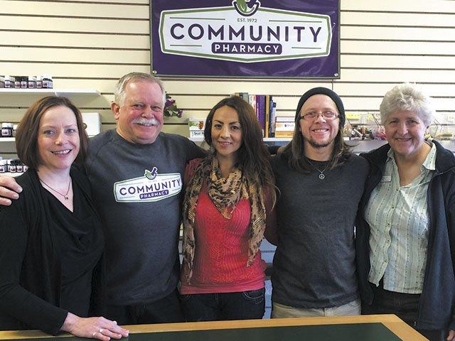 Emphasis-community-pharmacy-staff-12242015.jpg