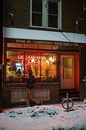 TinyRestaurants-LaoLaan-Xang-290px-crPauliusMusteikis2015.jpg