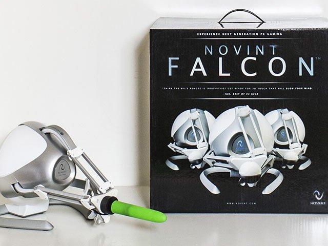 Cover-Falcon-crRatajBerard-02112016.jpg
