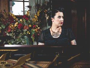 Music-Davina&Vagabonds-crGarrettBorn-02112016.jpg