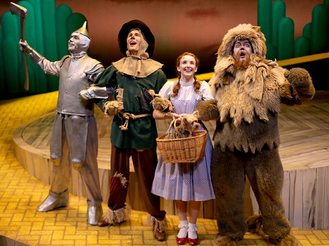 Stage-Wizard-Of-Oz-crDanMyers-03122016.jpg