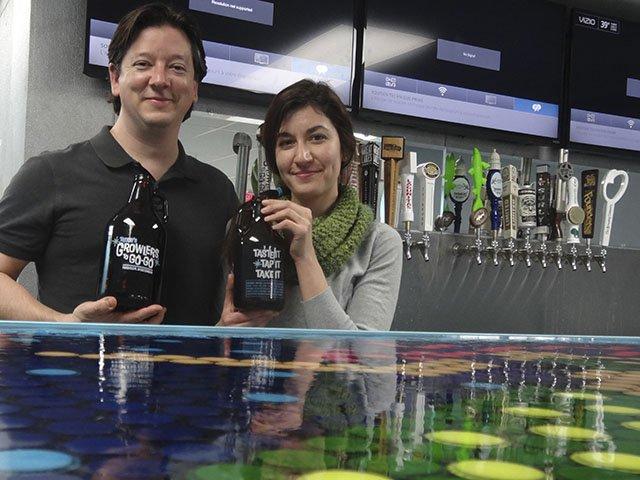 Beer-Growlers-to-Go-Go-crRobinShepard-04182016.jpg
