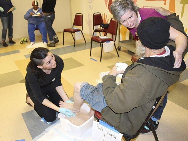 News-Foot-Clinic-crStevenPotter-04282016.jpg