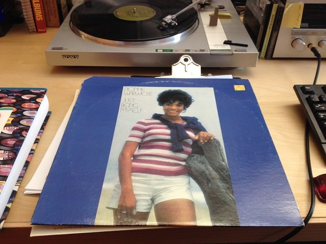 music-vinylcave-dionne-warwick-just-being-myself-20160517.jpg